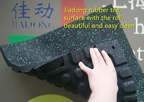 China Playground Rubber Flooring  Mat Roll , Recycled Rubber Gym Flooring Rolls supplier