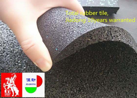 China Non Slip Industrial Rubber Flooring Rolls For Basement Heat Reservation supplier